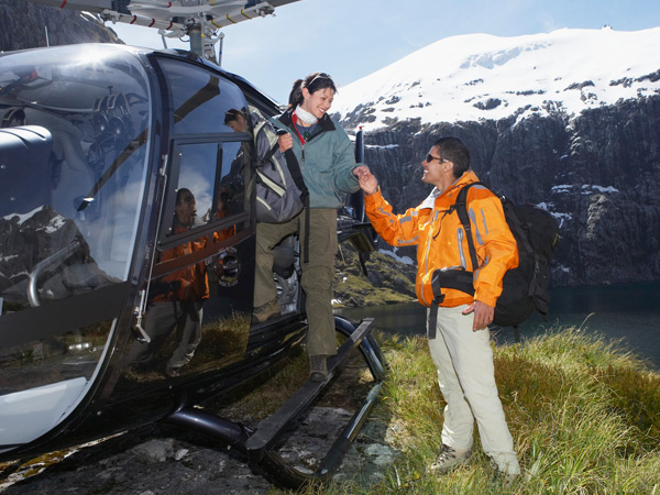 Helikopter AS350 für Heliskiing